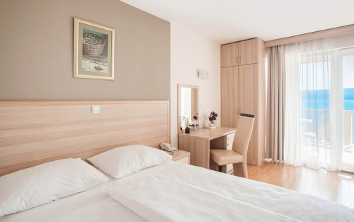 Hotel-Miramar-Nemira-2