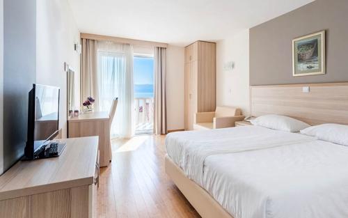 Hotel-Miramar-Nemira-3