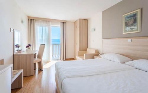 Hotel-Miramar-Nemira-4